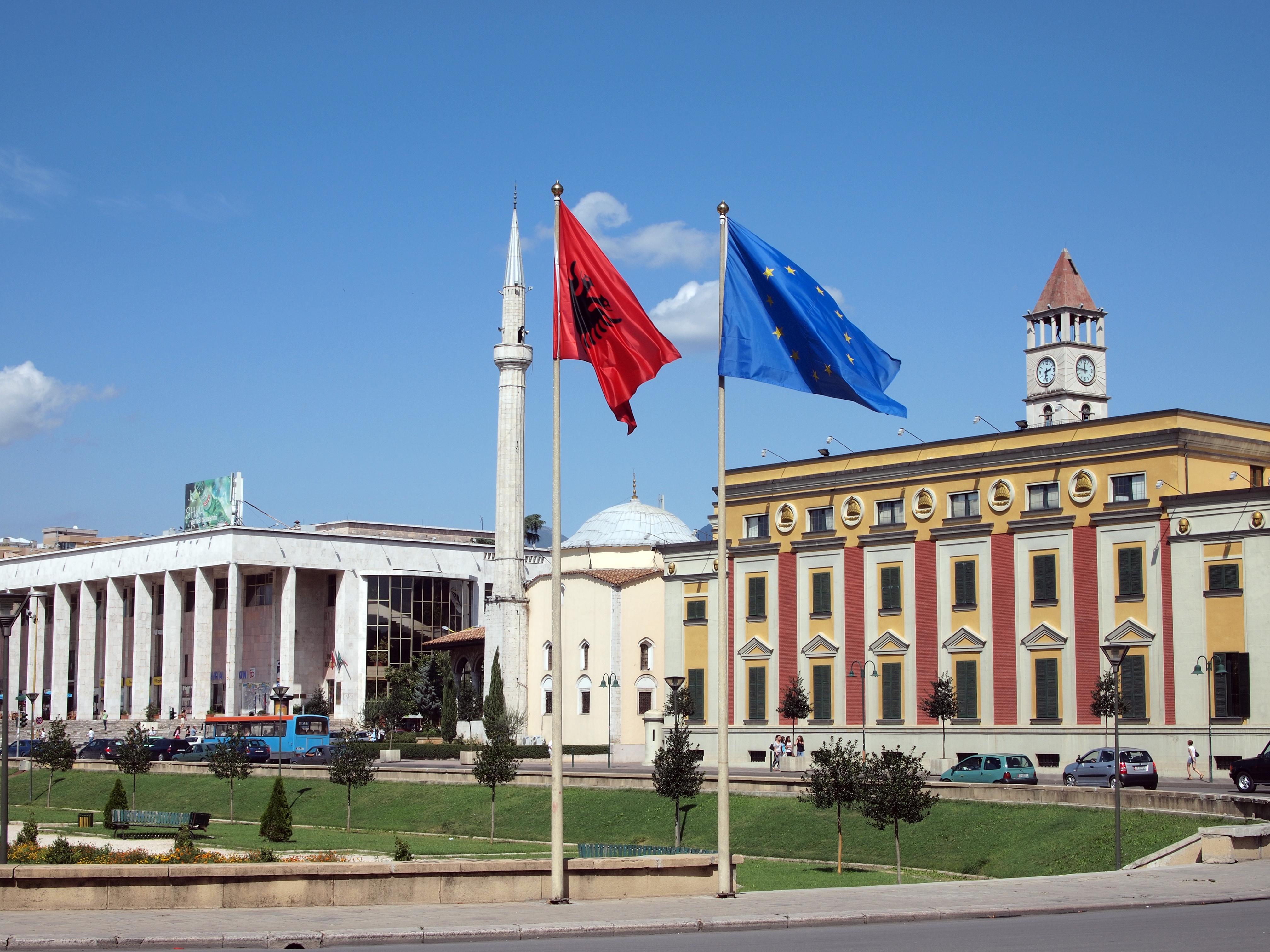 EU enlargement to the Western Balkans: Safeguarding a deep integration