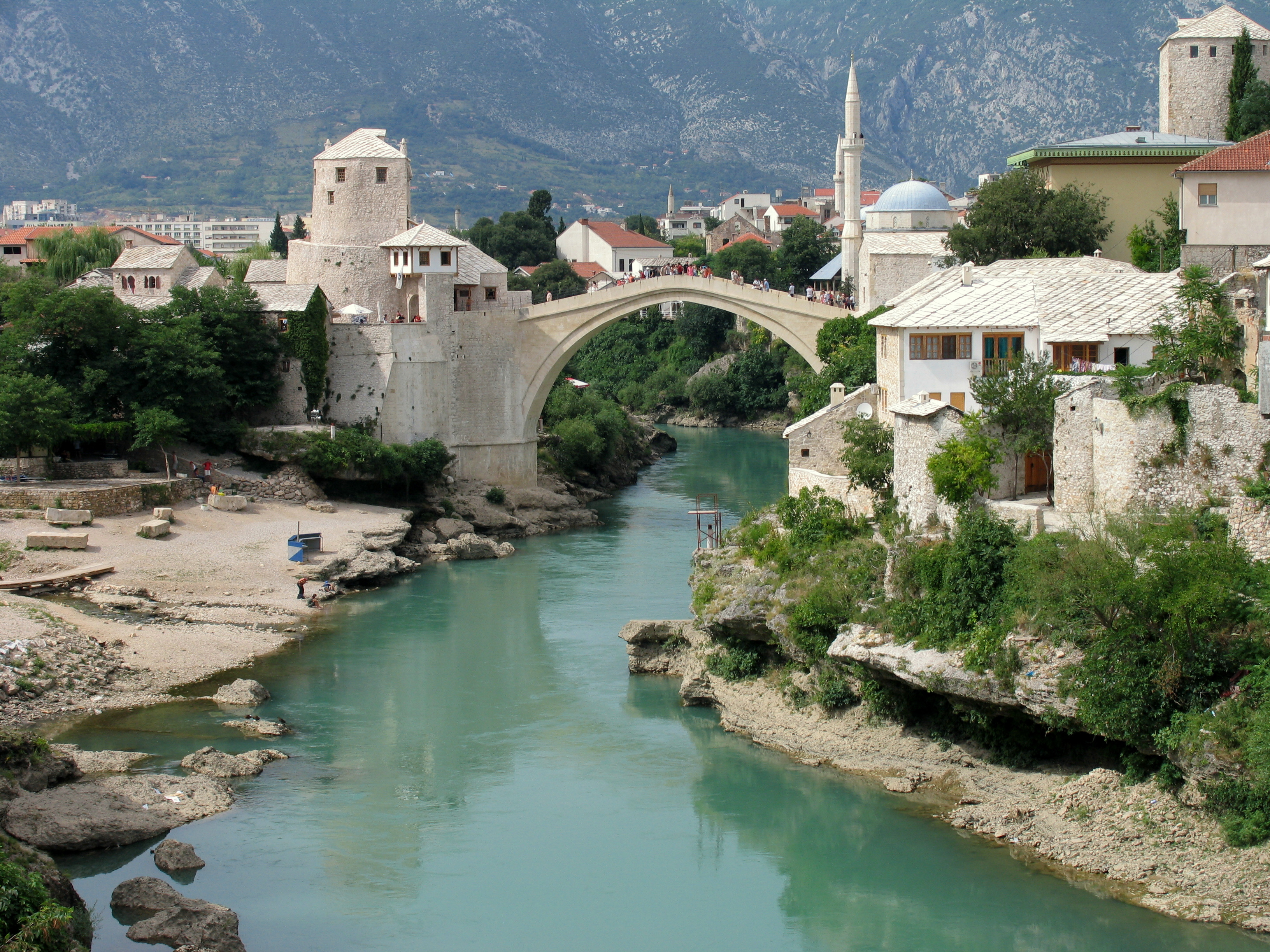 Bosnia and Herzegovina's economy: Downsides and newly discovered potential