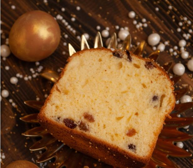 Kulich: A delicious Easter cake from Russia