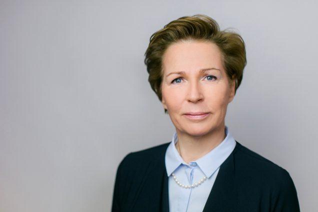 Veronika Lammer Financial Analyst